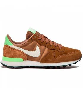 NIKE INTERNATIONALIST CAMEL W
